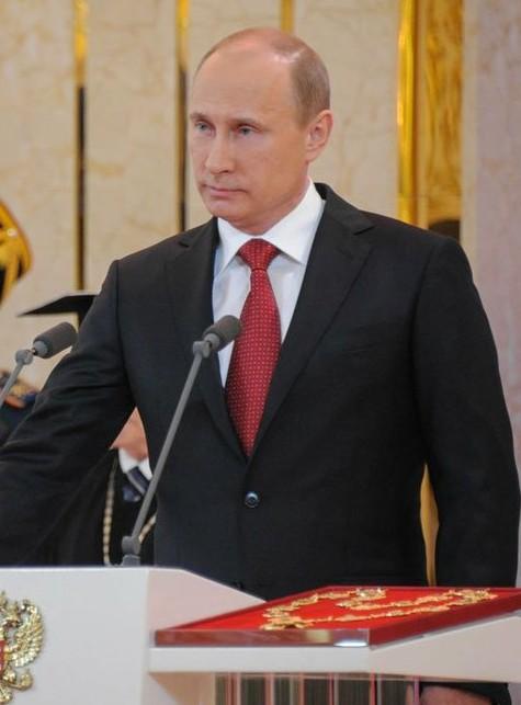 Vladimir_Putin_inauguration_7_May_2012-10